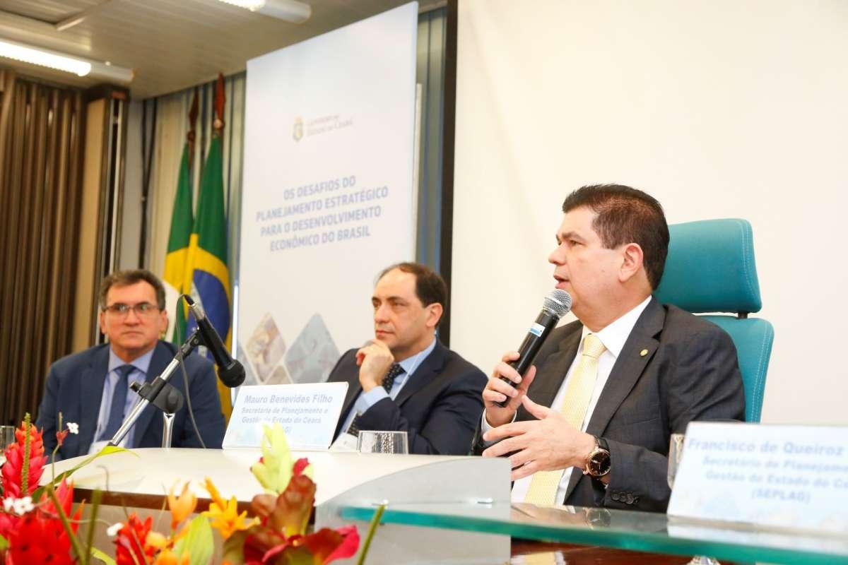 Secretário defende conscientização para a necessidade de planejamento